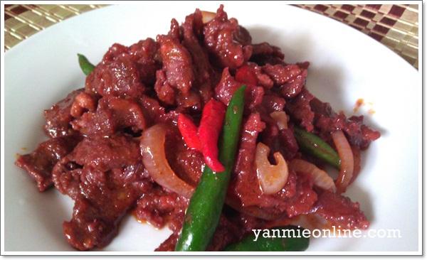 daging masak merah