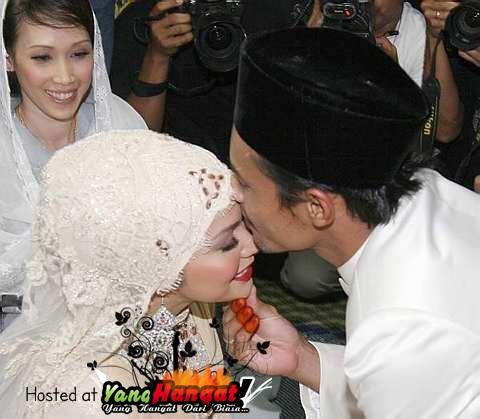 perkahwinan ayu raudah