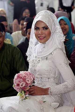 gambar perkahwinan nabil dan nazira