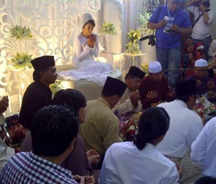 gambar kahwin dira abu zahar
