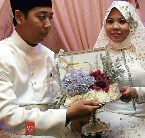 gambar kahwin Erni Dekritawati Yuliana