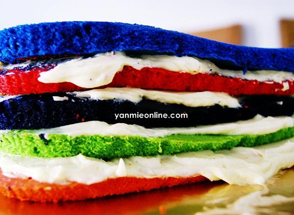 Kek Rainbow Velvet