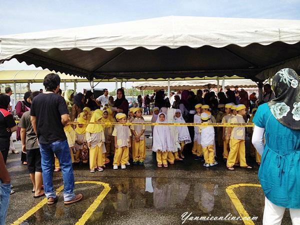 Pertandingan Mewarna Di Karnival PDRM