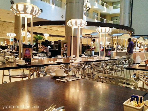 Breakfast di Atrium Cafe Sunway Resort Hotel And Spa