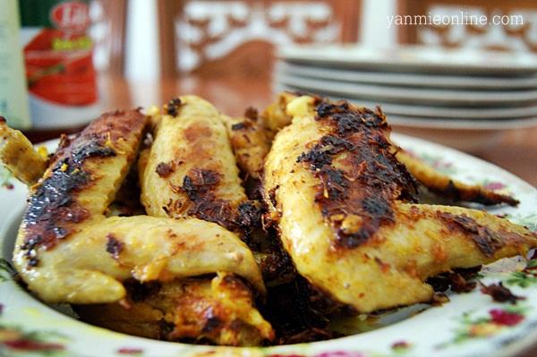 Kepak Ayam Panggang Berempah