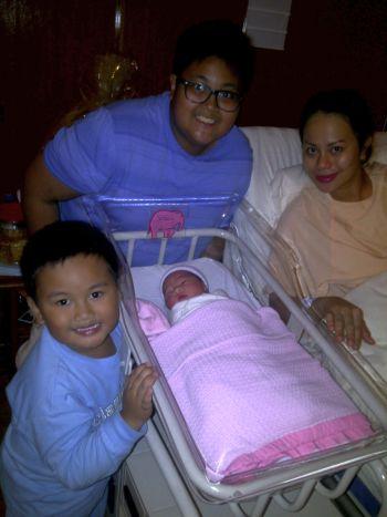 Gambar Bayi Perempuan Rebecca Nur Al-Islam