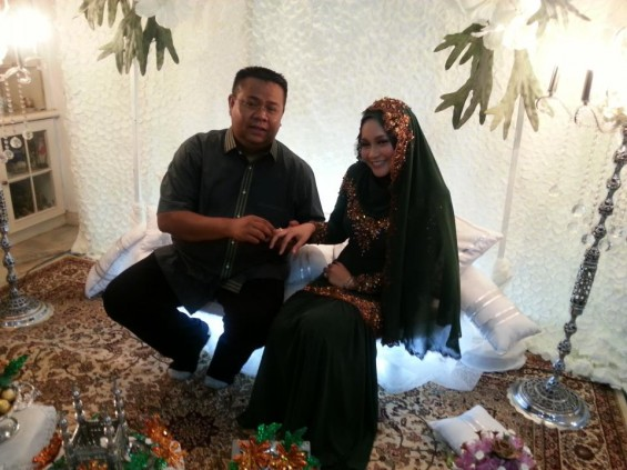 Gambar Pertunangan Anne Ngasri - Sah Bertunang Dengan Mohd Sumali Reduan