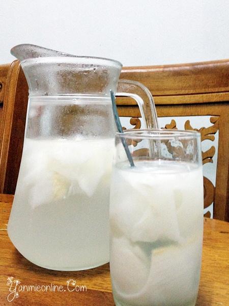 air kelapa muda