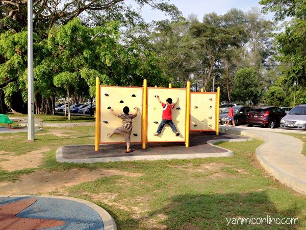 playground pantai morib