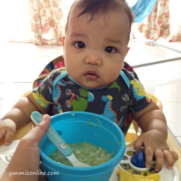bubur nasi brokoli dan sup ikan