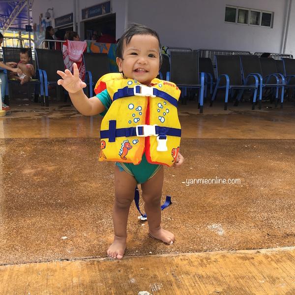 water theme park legoland
